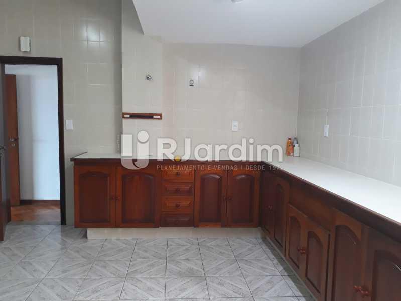 cozinha - Aluguel Administração Imóveis Apartamento Copacabana 4 Quartos - LAAP40757 - 11