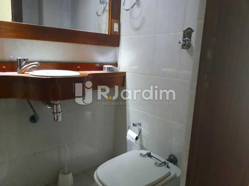 lavabo - corredor - Aluguel Administração Imóveis Apartamento Copacabana 4 Quartos - LAAP40757 - 6