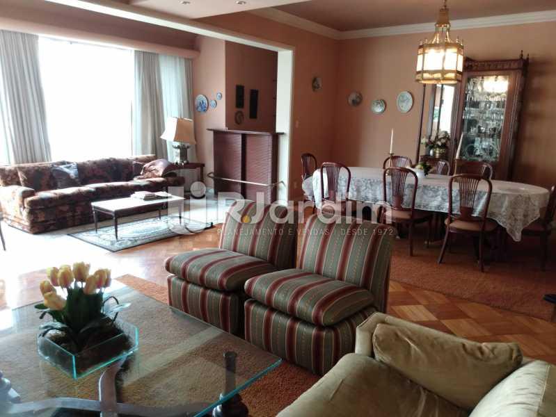 Sala (vista do hall) - Apartamento à venda Rua Constante Ramos,Copacabana, Zona Sul,Rio de Janeiro - R$ 2.200.000 - LAAP40758 - 4