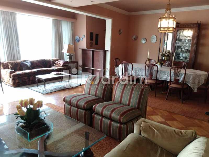 Sala (vista do hall) - Apartamento à venda Rua Constante Ramos,Copacabana, Zona Sul,Rio de Janeiro - R$ 2.200.000 - LAAP40758 - 25