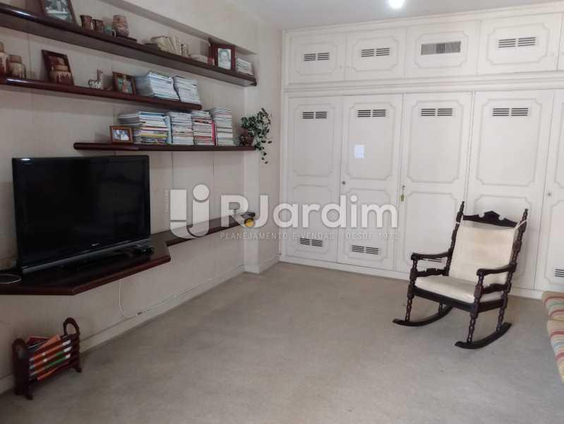 Quarto 1 (Sala TV) - Apartamento à venda Rua Constante Ramos,Copacabana, Zona Sul,Rio de Janeiro - R$ 2.200.000 - LAAP40758 - 11