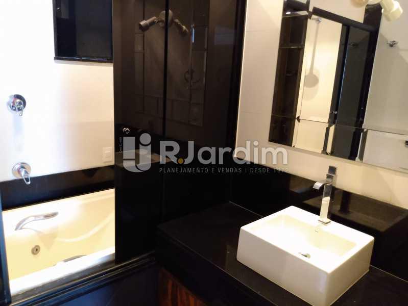 Banheiro suíte - Apartamento À Venda - Leblon - Rio de Janeiro - RJ - LAAP32040 - 12