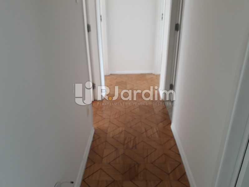 Circulação - Apartamento Copacabana, Zona Sul,Rio de Janeiro, RJ Para Alugar, 3 Quartos, 160m² - LAAP32039 - 5