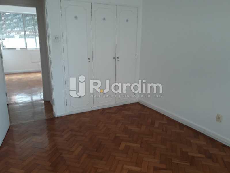 1° Quarto C/ Armários - Apartamento Copacabana, Zona Sul,Rio de Janeiro, RJ Para Alugar, 3 Quartos, 160m² - LAAP32039 - 8