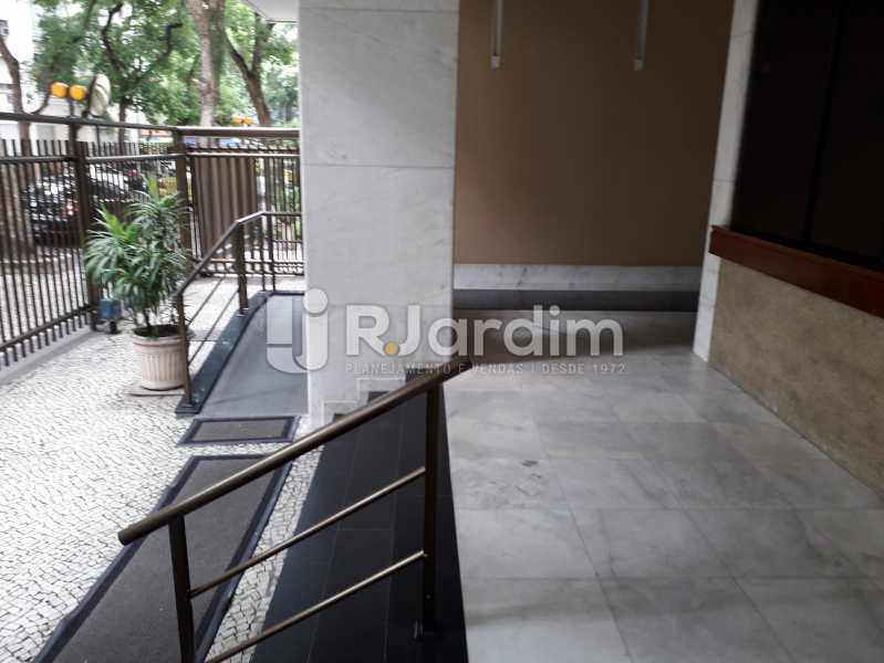 Entrada / Portaria C/Cameras - Apartamento Copacabana, Zona Sul,Rio de Janeiro, RJ Para Alugar, 3 Quartos, 160m² - LAAP32039 - 24