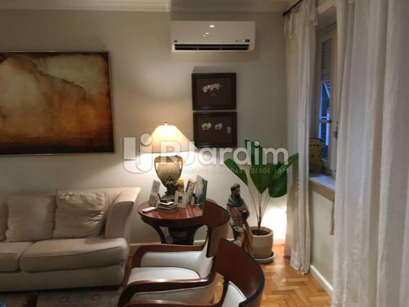 Sala de estar - Apartamento Rua Artur Araripe,Gávea, Zona Sul,Rio de Janeiro, RJ À Venda, 3 Quartos, 117m² - LAAP32056 - 4