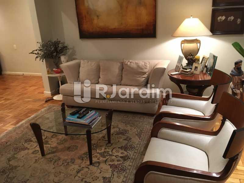 Sala de estar - Apartamento Rua Artur Araripe,Gávea, Zona Sul,Rio de Janeiro, RJ À Venda, 3 Quartos, 117m² - LAAP32056 - 6