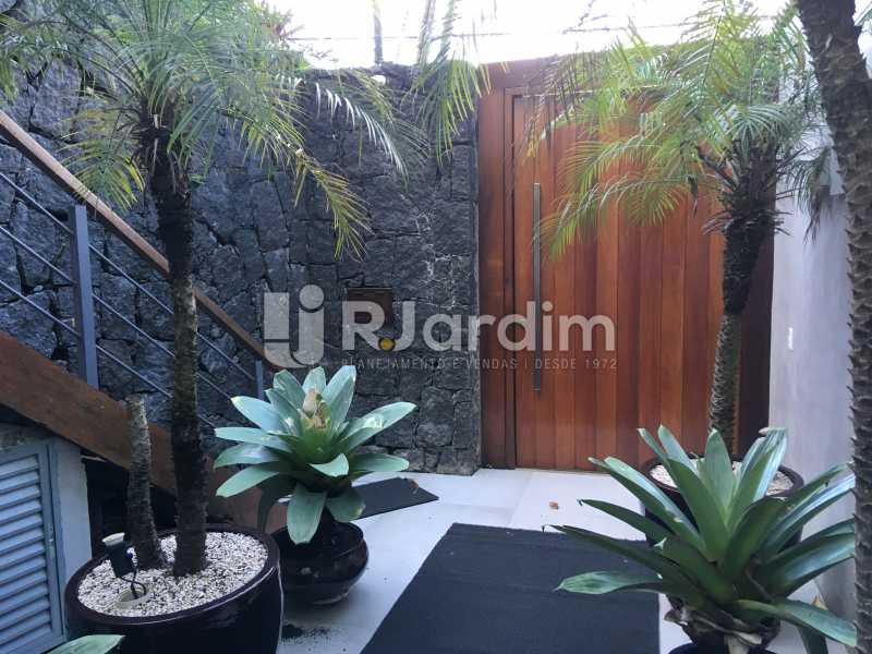 Hall da entrada - Casa em Condomínio Joá 4 Quartos - LACN40018 - 6