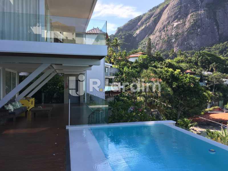Piscina com vista montanha - Casa em Condominio À Venda - Joá - Rio de Janeiro - RJ - LACN40018 - 8