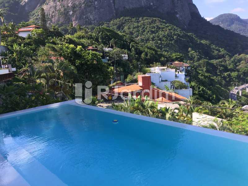 Piscina vista do vale - Casa em Condominio À Venda - Joá - Rio de Janeiro - RJ - LACN40018 - 1
