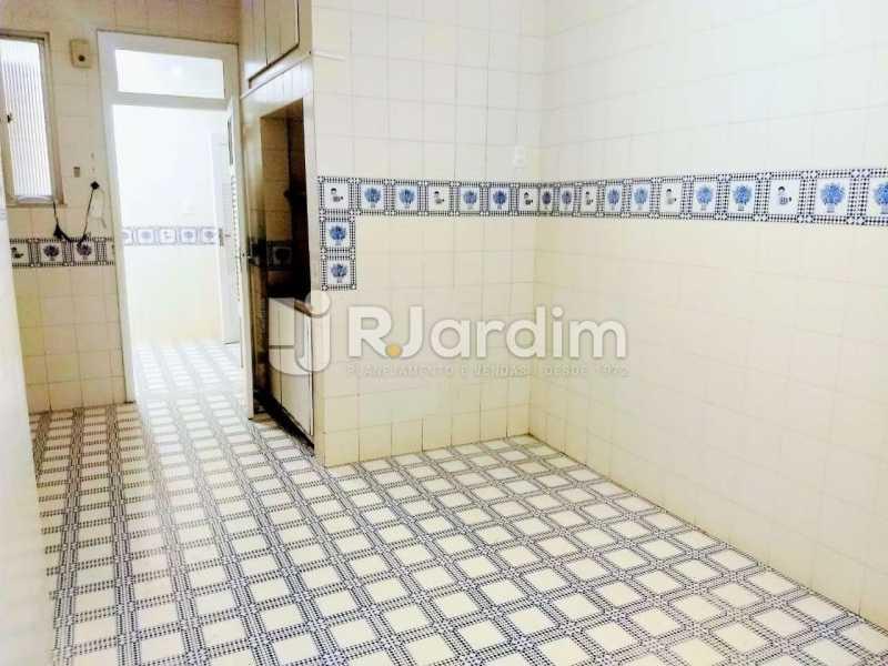 área serviço - Apartamento Para Alugar - Copacabana - Rio de Janeiro - RJ - LAAP32057 - 10