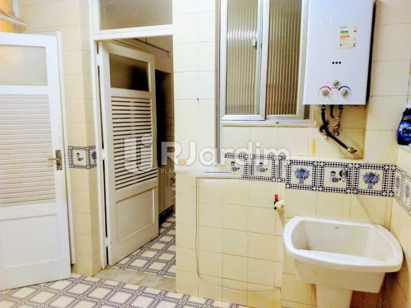 área serviço - Apartamento Para Alugar - Copacabana - Rio de Janeiro - RJ - LAAP32057 - 11