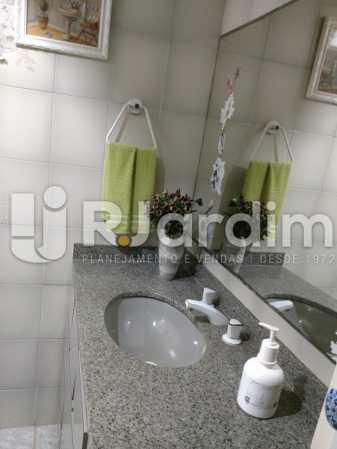 1° Banheiro Social - Apartamento 3 Quartos À Venda Copacabana, Zona Sul,Rio de Janeiro - R$ 1.690.000 - LAAP32068 - 15