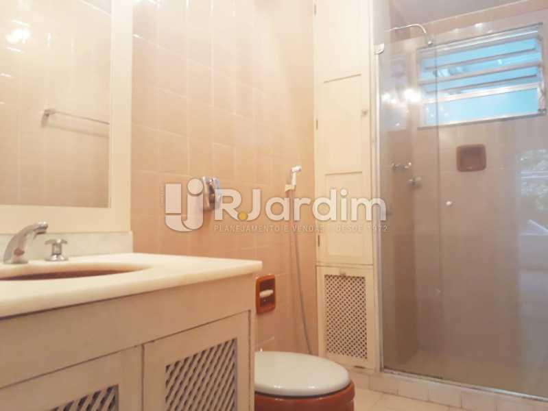 banheiro social - Apartamento de 3 quartos sendo 1 suíte na Lagoa - LAAP32069 - 9