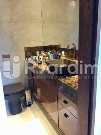 Banheiro Suíte - Apartamento À Venda - Lagoa - Rio de Janeiro - RJ - LAAP21460 - 21
