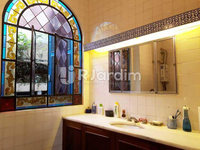 banheiro social - Casa em Santa Teresa - LACA30025 - 13