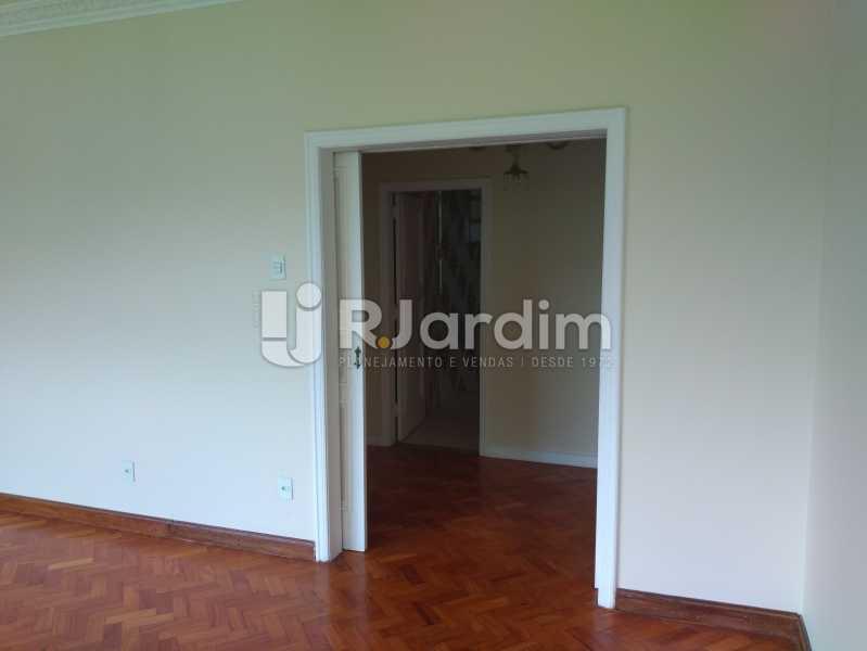 Corredor para os quartos - Apartamento À Venda - Ipanema - Rio de Janeiro - RJ - LAAP32072 - 4