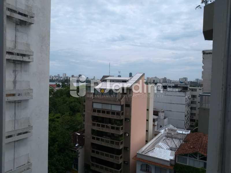 Vista / Sala  - Apartamento à venda Avenida Lineu de Paula Machado,Jardim Botânico, Zona Sul,Rio de Janeiro - R$ 1.390.000 - LAAP21469 - 3