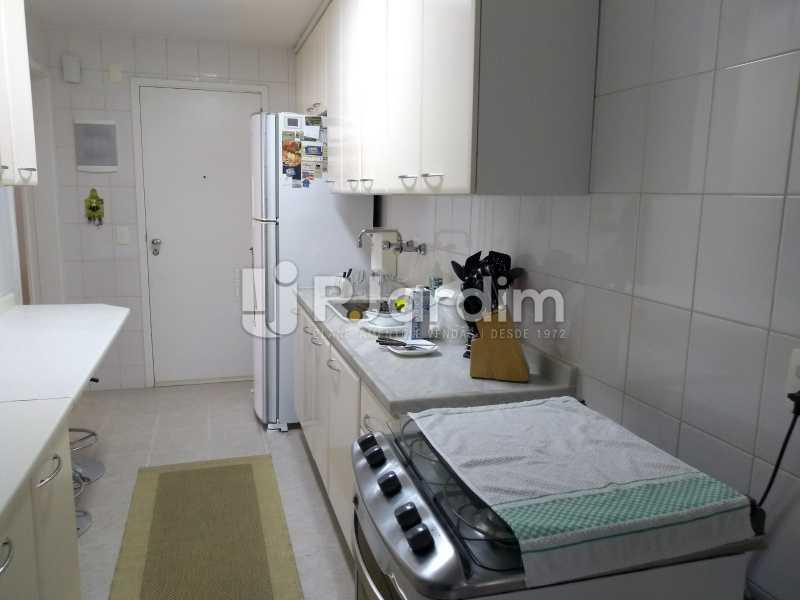 cozinha  - Apartamento à venda Avenida Lineu de Paula Machado,Jardim Botânico, Zona Sul,Rio de Janeiro - R$ 1.390.000 - LAAP21469 - 19