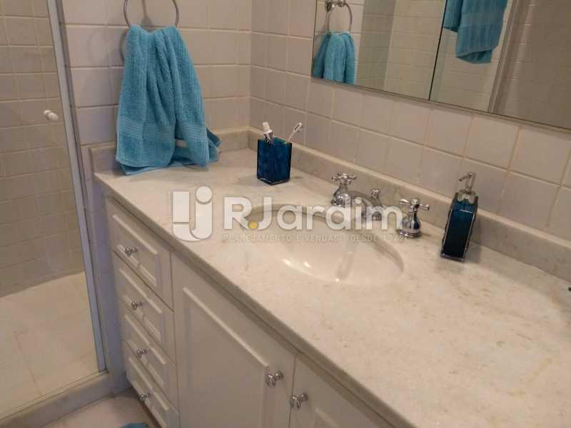 banheiro - Apartamento à venda Avenida Lineu de Paula Machado,Jardim Botânico, Zona Sul,Rio de Janeiro - R$ 1.390.000 - LAAP21469 - 16