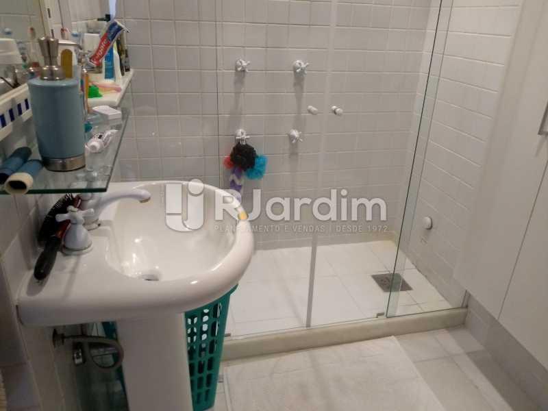 banheiro - Apartamento à venda Avenida Lineu de Paula Machado,Jardim Botânico, Zona Sul,Rio de Janeiro - R$ 1.390.000 - LAAP21469 - 17