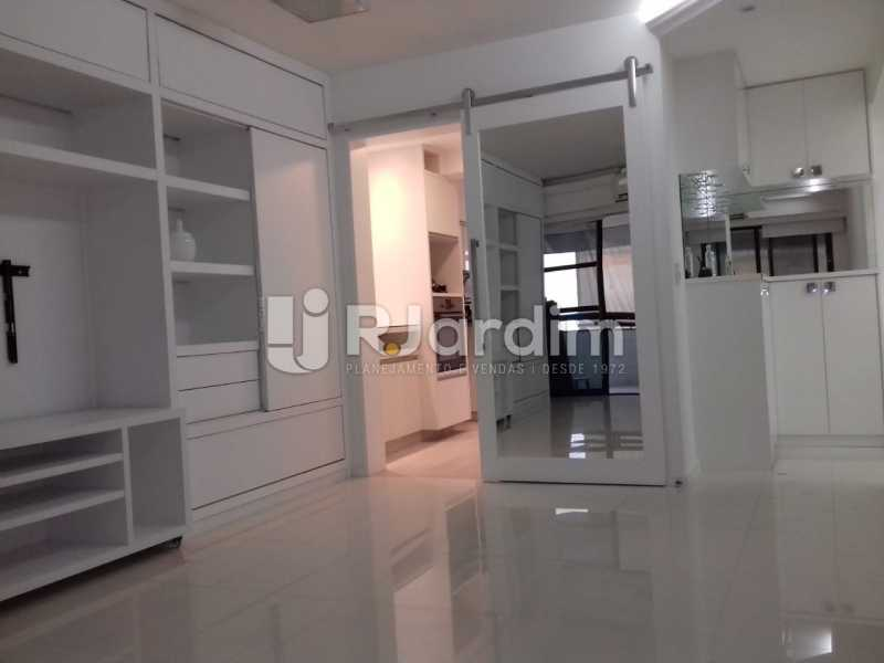 Sala - Apartamento Botafogo 3 Quartos - LAAP32083 - 1