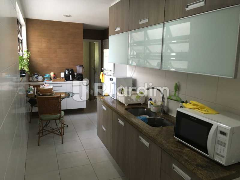 Cozinha - Apartamento À Venda - Gávea - Rio de Janeiro - RJ - LAAP32087 - 23