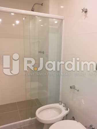 banheiro social - Apartamento Jardim Botânico 2 Quartos Aluguel Administração Imóveis - LAAP21477 - 7