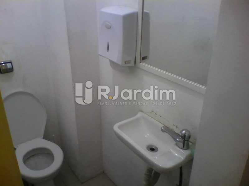 16 Banheiro feminino  - Sobreloja À Venda - Centro - Rio de Janeiro - RJ - BGSJ00001 - 17