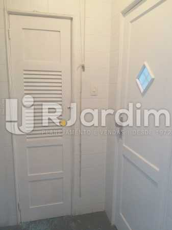 porta de serviço - Apartamento Leblon, Zona Sul,Rio de Janeiro, RJ Para Alugar, 2 Quartos, 85m² - LAAP21482 - 15