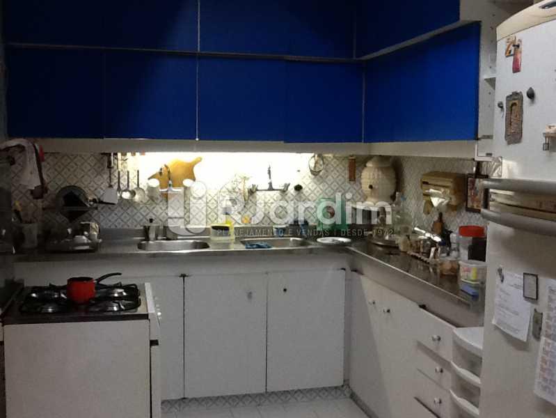 Cozinha - Apartamento Avenida Alexandre Ferreira,Lagoa, Zona Sul,Rio de Janeiro, RJ À Venda, 3 Quartos, 122m² - LAAP32095 - 19