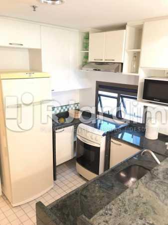 cozinha americana  - Flat Residencial Lagoa Suíte Garagem Aluguel Administração Imóveis - LAFL10092 - 5