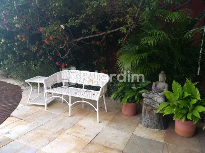 área /piscina  - Casa em Condomínio Joá 5 Quartos - LACN50010 - 7