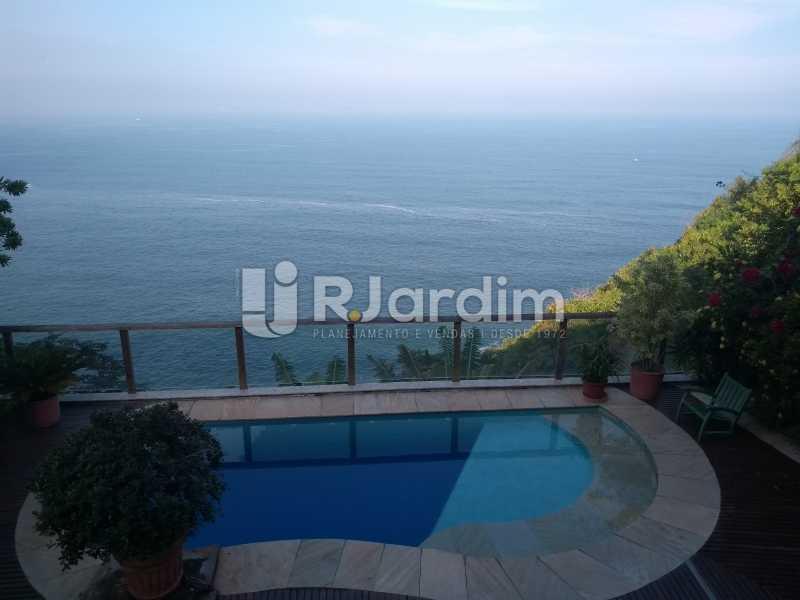 vista / deck piscina  - Casa em Condomínio Joá 5 Quartos - LACN50010 - 3