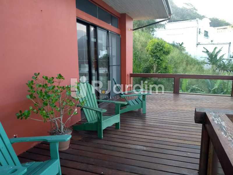 varanda / suíte  - Casa em Condomínio Joá 5 Quartos - LACN50010 - 12