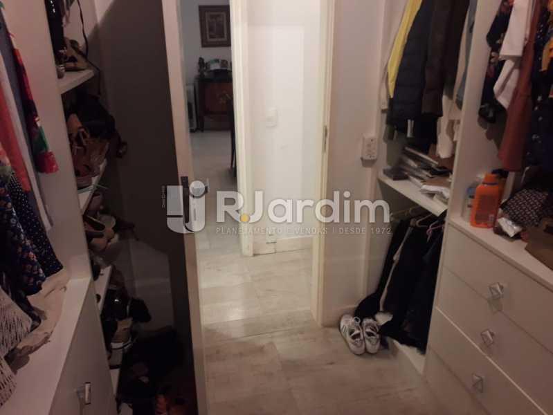 Closet - Apartamento Copacabana, Zona Sul,Rio de Janeiro, RJ À Venda, 3 Quartos, 145m² - LAAP32115 - 15