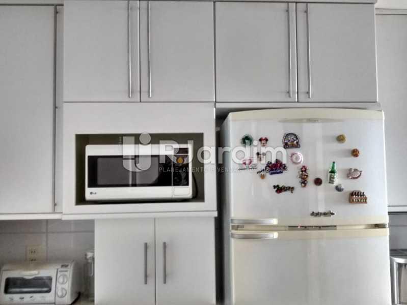 Cozinha - Apartamento Copacabana 3 Quartos - LAFL30005 - 17