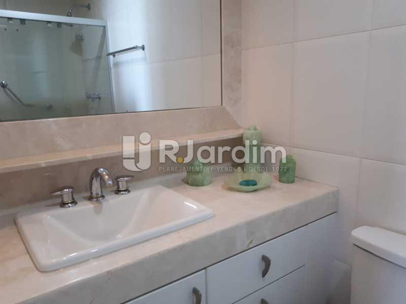 Banheiro - Apartamento Copacabana 3 Quartos - LAFL30005 - 27