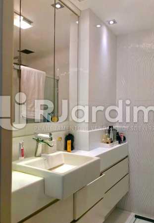 banheiro suíte. - Apartamento Ipanema 2 Quartos Garagem Compra Venda Avaliação Imóveis - BGAP20002 - 10