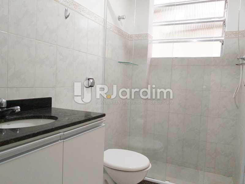 banheiro social - Apartamento Lagoa 2 Quartos Aluguel Administração Imóveis - LAAP21505 - 7