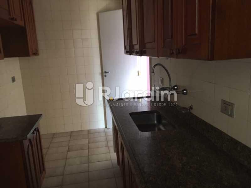 Cozinha - Apartamento Jardim Botânico 1 Quarto Aluguel Administração Imóveis - LAAP10375 - 9