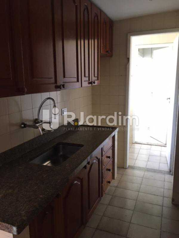 Cozinha - Apartamento Jardim Botânico 1 Quarto Aluguel Administração Imóveis - LAAP10375 - 11