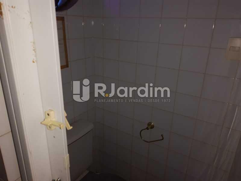 Banheiro - Ipanema! Excelente localização perto da Lagoa Rodrigo de Freitas e no melhor quadrilátero da rua, perto de restaurantes, comércios. - LACC00042 - 22