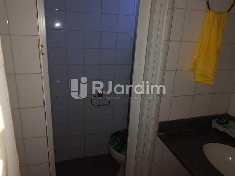 Banheiro - Ipanema! Excelente localização perto da Lagoa Rodrigo de Freitas e no melhor quadrilátero da rua, perto de restaurantes, comércios. - LACC00042 - 23