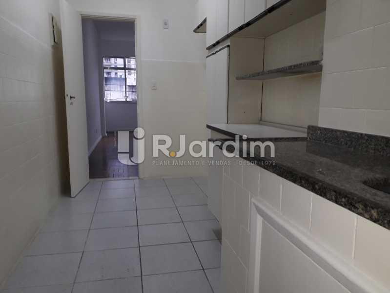 Cozinha c/Armários - Apartamento Botafogo 2 Quartos Aluguel Administração imóveis - LAAP21530 - 15