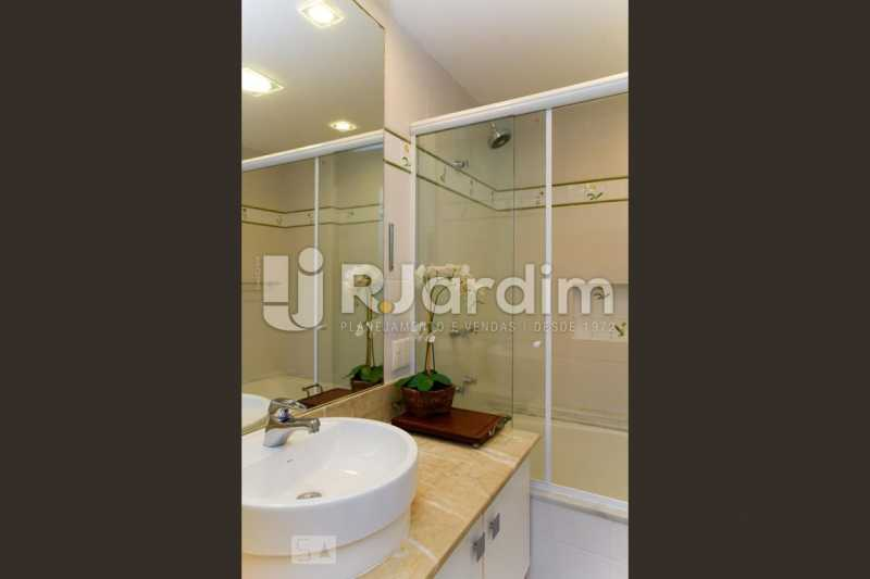 20banho suite 3 - Apartamento Leblon 3 Quartos Aluguel Administração Imóveis - LAAP40793 - 21