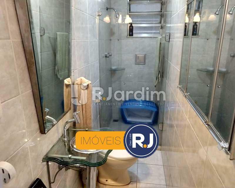 banheiro de serviço - Apartamento Rua São Clemente,Botafogo, Zona Sul,Rio de Janeiro, RJ À Venda, 2 Quartos, 80m² - LAAP21534 - 10
