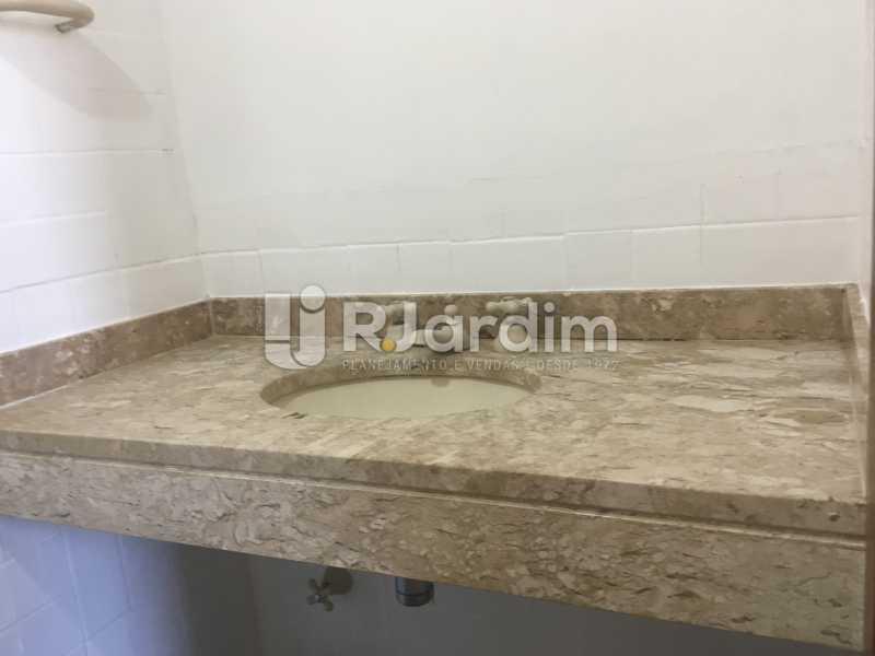 Banheiro social - Apartamento À Venda - Gávea - Rio de Janeiro - RJ - LAAP32166 - 19