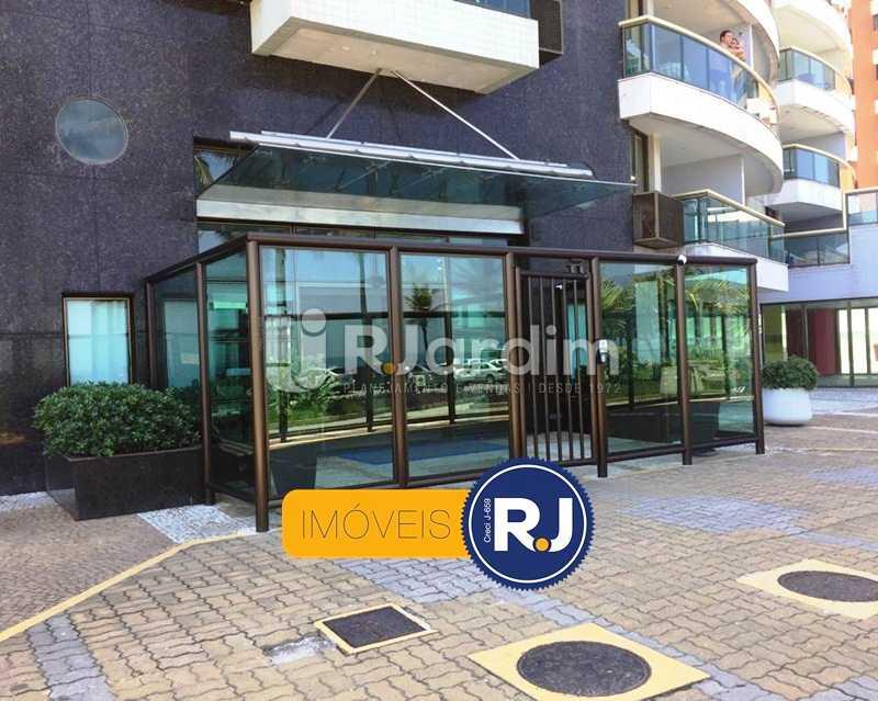 Entrada - Compra Venda Apartamento Residencial Barra da Tijuca - LAAP10382 - 16