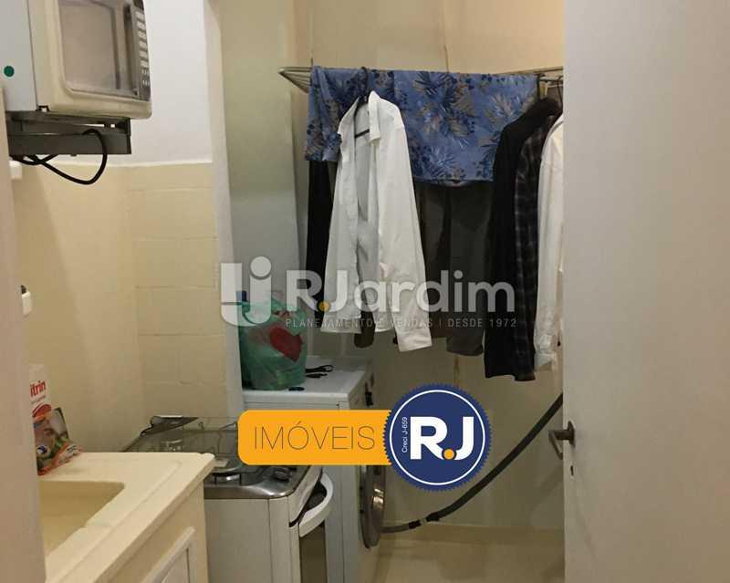 Cozinha e área de serviços - Apartamento À Venda - Leblon - Rio de Janeiro - RJ - LAAP10383 - 17